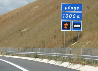 French Motorway Tolls – avoid the queues by buying a toll tag