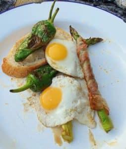 Fresh quails' eggs 3